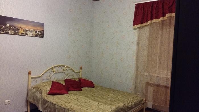 1-комнатная квартира посуточно в Львове. Лычаковский район, ул. Лычаковская, 18. Фото 1