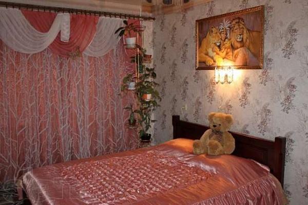 1-комнатная квартира посуточно в Алчевске. ул. Гмыри, 30. Фото 1