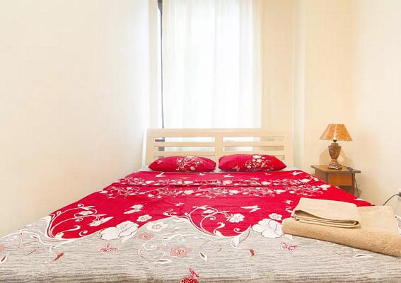 2-комнатная квартира посуточно в Одессе. Приморский район, ул. Троицкая, 36. Фото 1