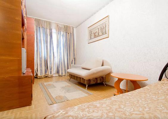 1-комнатная квартира посуточно в Одессе. Приморский район, ул. Осипова, 37. Фото 1