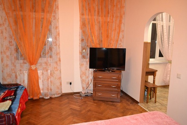 1-комнатная квартира посуточно в Львове. Галицкий район, ул. Балабана, 29. Фото 1
