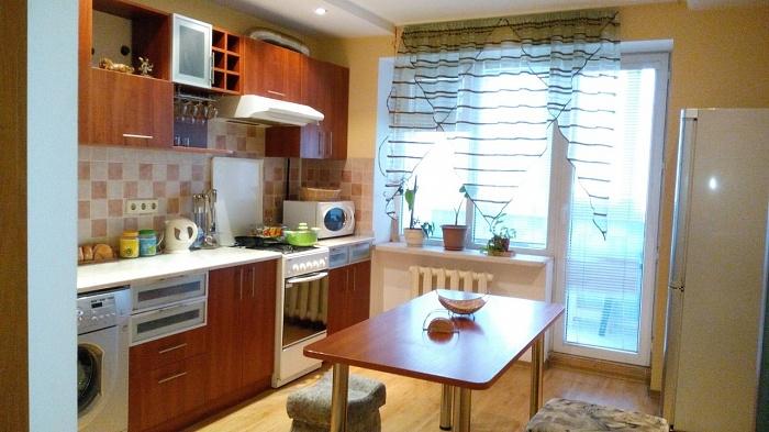 1-комнатная квартира посуточно в Одессе. Приморский район, ул. Композитора Нищинского, 28. Фото 1