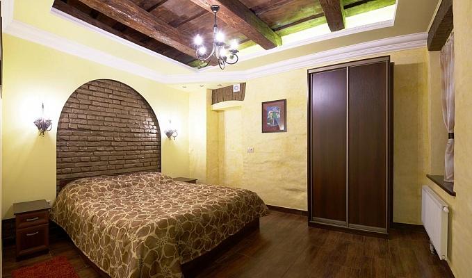 2-комнатная квартира посуточно в Львове. Галицкий район, ул. Наливайко, 7. Фото 1