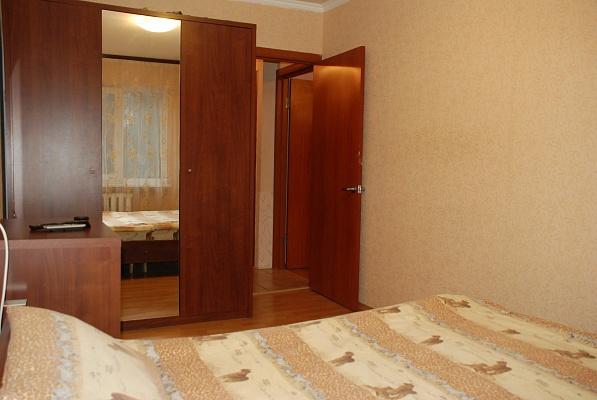 2-комнатная квартира посуточно в Киеве. Соломенский район, ул. Кудряшова, 4. Фото 1
