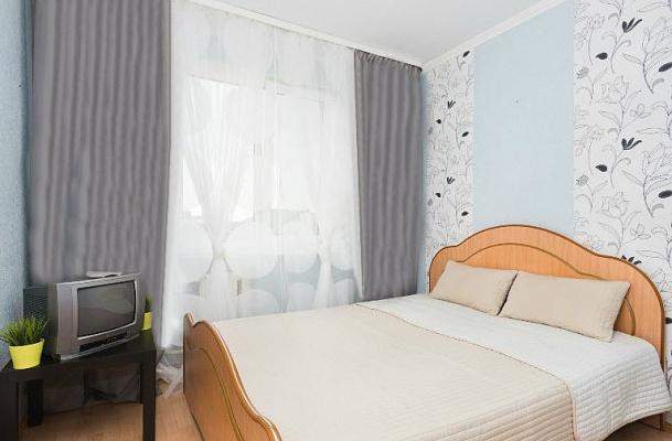 1-комнатная квартира посуточно в Киеве. ул. Антоновича (Горького), 88. Фото 1