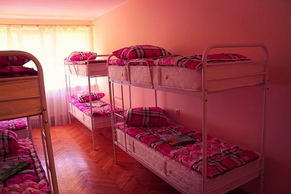 Мини-отель  посуточно в Львове. Сыховский район, ул. Монастырского, 1. Фото 1