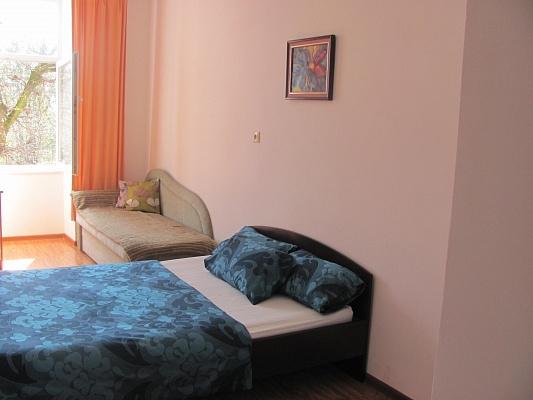1-комнатная квартира посуточно в Львове. Лычаковский район, ул. Лысенко, 27. Фото 1