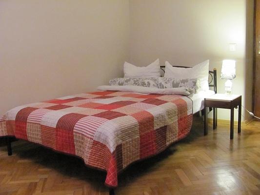 1-комнатная квартира посуточно в Львове. Франковский район, ул. Сахарова, 15. Фото 1