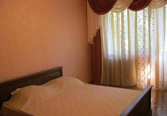 1-комнатная квартира посуточно в Черкассах. ул. Крещатик. Фото 1