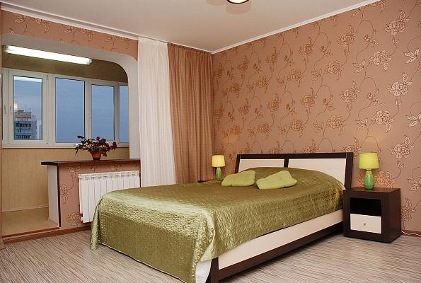 1-комнатная квартира посуточно в Киеве. Дарницкий район, пр-т Григоренко, 38. Фото 1