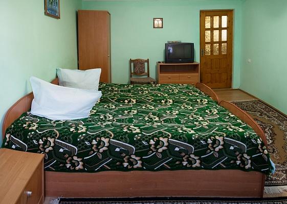 2-комнатная квартира посуточно в Трускавце. ул. Данилишиних, 34-2. Фото 1