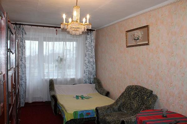 2-комнатная квартира посуточно в Измаиле. ул. Чернышевского , 20. Фото 1