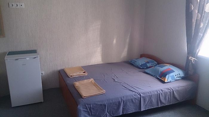 Дом  посуточно в Бердянске. ул. Литке, 7 Б. Фото 1