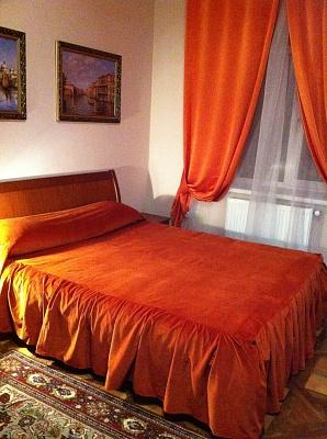 1-комнатная квартира посуточно в Львове. Лычаковский район, ул. Александра Кониского, 7. Фото 1