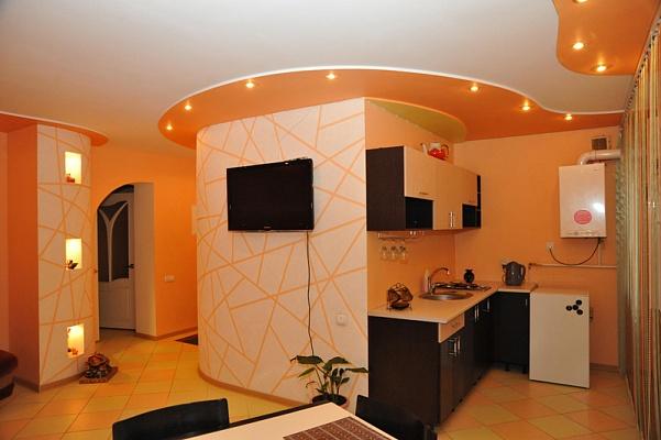 3-комнатная квартира посуточно в Николаеве. Центральный район, пр-т Центральный, 74/2. Фото 1