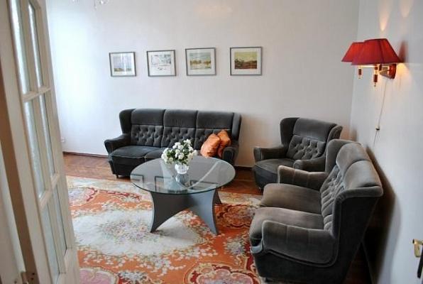2-комнатная квартира посуточно в Житомире. ул. И.Мазепы (Мануильского), 100. Фото 1