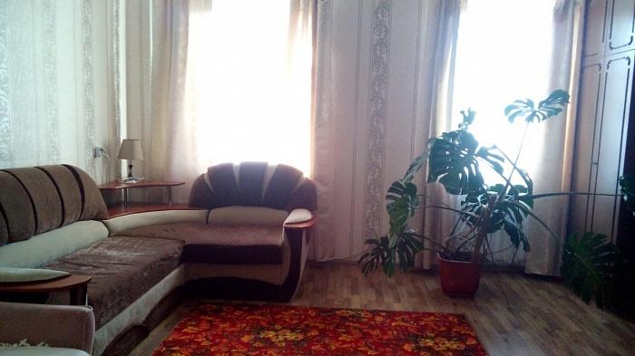 2-комнатная квартира посуточно в Шостке. ул. Свободы (Карла Маркса), 22. Фото 1