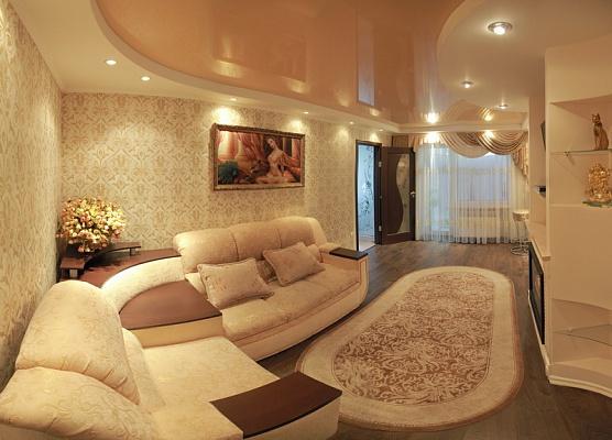 2-комнатная квартира посуточно в Николаеве. Заводской район, ул. Дунаева, 45. Фото 1