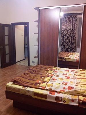 1-комнатная квартира посуточно в Львове. Лычаковский район, ул. Некрасова, 23. Фото 1