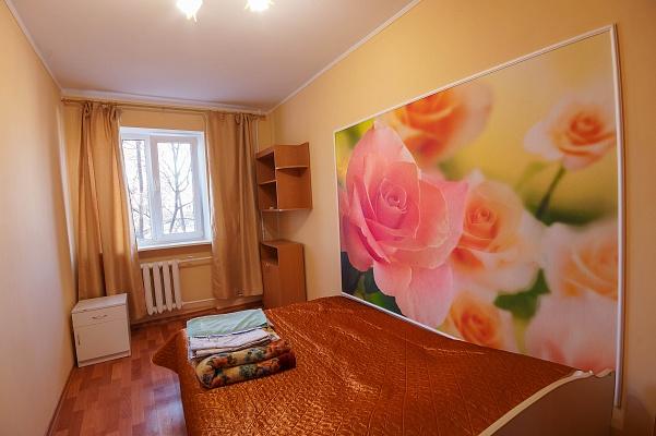 3-комнатная квартира посуточно в Симферополе. Железнодорожный район, ул. Спера, 20. Фото 1