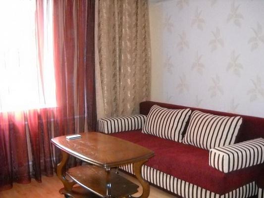 1-комнатная квартира посуточно в Харькове. Дзержинский район, Новгородская, 44. Фото 1