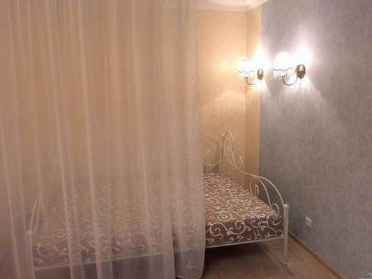 1-комнатная квартира посуточно в Виннице. Замостянский район, ул. В. Антоновича, 2. Фото 1