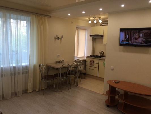 1-комнатная квартира посуточно в Краматорске. ул. Парковая, 7. Фото 1