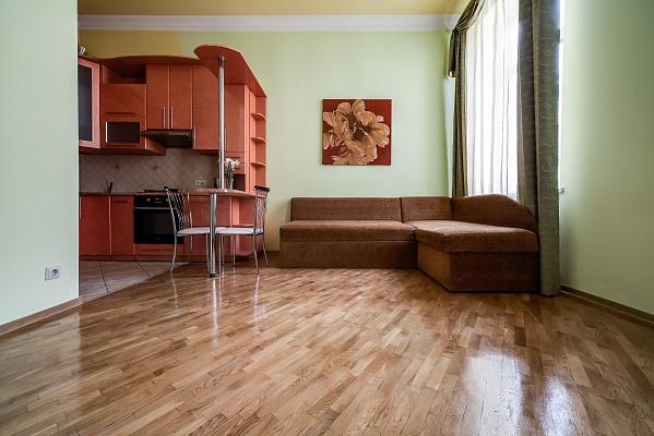1-комнатная квартира посуточно в Львове. Лычаковский район, ул. Левицкого, 2. Фото 1