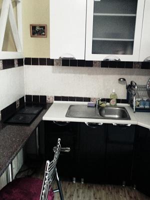 1-комнатная квартира посуточно в Черновцах. Первомайский район, ул. Буковинская, 58. Фото 1