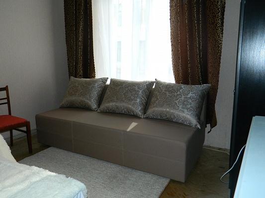 1-комнатная квартира посуточно в Львове. Зализнычный район, ул. Братьев Михновских, 33. Фото 1