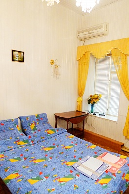 1-комнатная квартира посуточно в Симферополе. Центральный район, ул. Героев Аджимушкая, 6. Фото 1