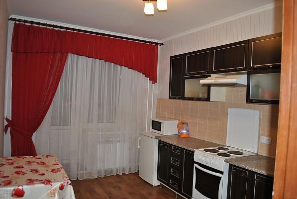 1-комнатная квартира посуточно в Южном. ул. Новобилярская, 24. Фото 1