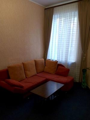 2-комнатная квартира посуточно в Одессе. Приморский район, ул. Дегтярная, 3. Фото 1