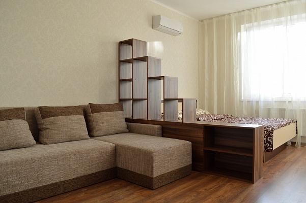 1-комнатная квартира посуточно в Киеве. Оболонский район, ул. Маршала Малиновского, 4-В. Фото 1