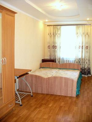1-комнатная квартира посуточно в Горловке. ул. Пушкинская, 25. Фото 1