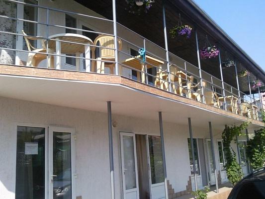 Мини-отель  посуточно в Затоке. ул. Зарипова, 75. Фото 1