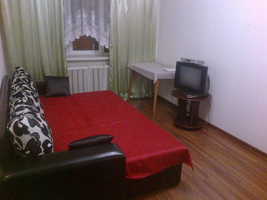 2-комнатная квартира посуточно в Киеве. Шевченковский район, Телиги, 7. Фото 1