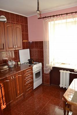 1-комнатная квартира посуточно в Луцке. пр-т Грушевского, 27. Фото 1