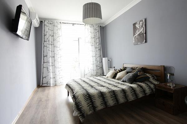 1-комнатная квартира посуточно в Одессе. Приморский район, ул. Ришельевская, 13. Фото 1