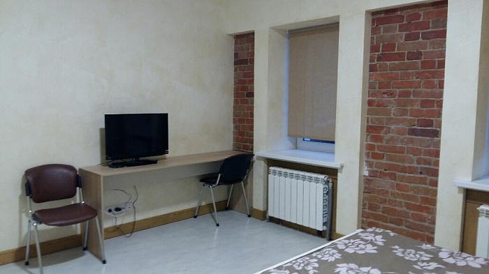 1-комнатная квартира посуточно в Харькове. Краснозаводской район, ул. Шота Руставели, 31. Фото 1