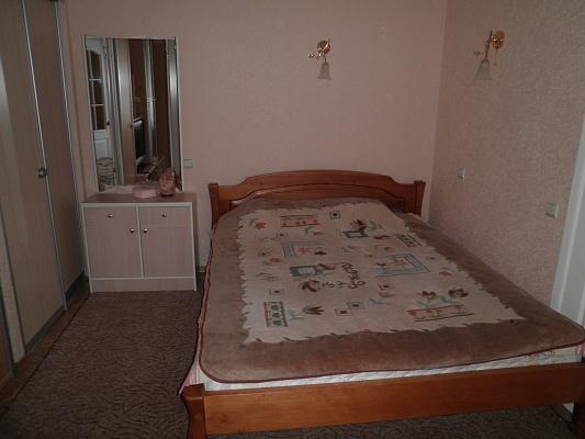 1-комнатная квартира посуточно в Алуште. ул. Ленина, 49. Фото 1