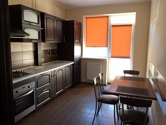 1-комнатная квартира посуточно в Ужгороде. ул. О. Хиры, 9. Фото 1