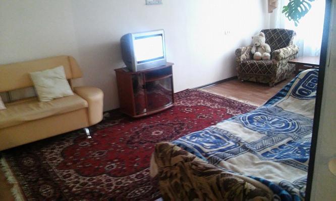 3-комнатная квартира посуточно в Херсоне. Комсомольский район, ул. Дорофеева, 6. Фото 1