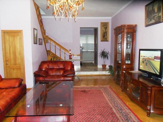 3-комнатная квартира посуточно в Одессе. Приморский район, пер. Воронцовский, 2. Фото 1