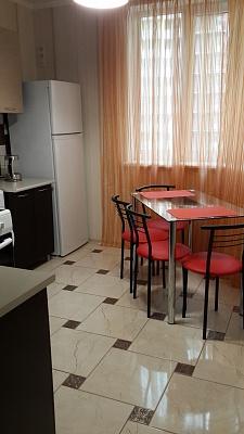 1-комнатная квартира посуточно в Одессе. ул. Левитана, 118д. Фото 1
