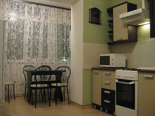 1-комнатная квартира посуточно в Виннице. Ленинский район, ул. Р. Скалецкого, 40-А. Фото 1