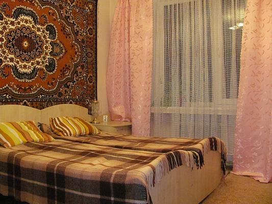 2-комнатная квартира посуточно в Луцке. пр-т Воли. Фото 1