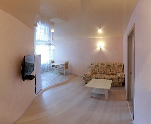 1-комнатная квартира посуточно в Николаеве. Центральный район, пр-т Центральный, 71. Фото 1