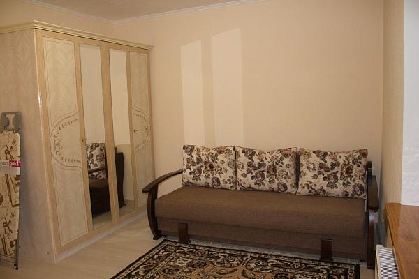 2-комнатная квартира посуточно в Трускавце. ул. Владимира Ивасюка, 11. Фото 1