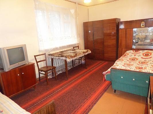 2-комнатная квартира посуточно в Славянске. ул. Генерала Батюка, 8а. Фото 1